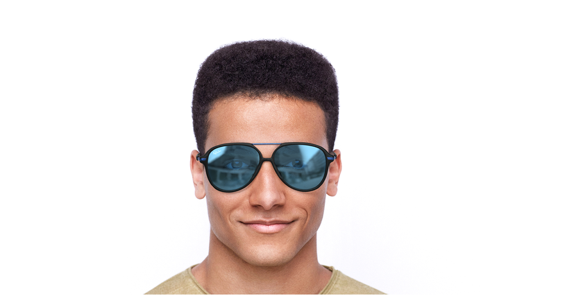 Lunettes de soleil homme BASAURI noir/bleu - Vue de face
