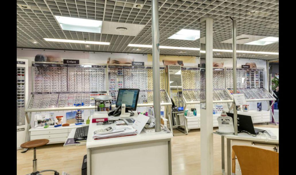 Centre Commercial Afflelou 30900 Nimes Opticien Etoile Carrefour uJlK13FTc